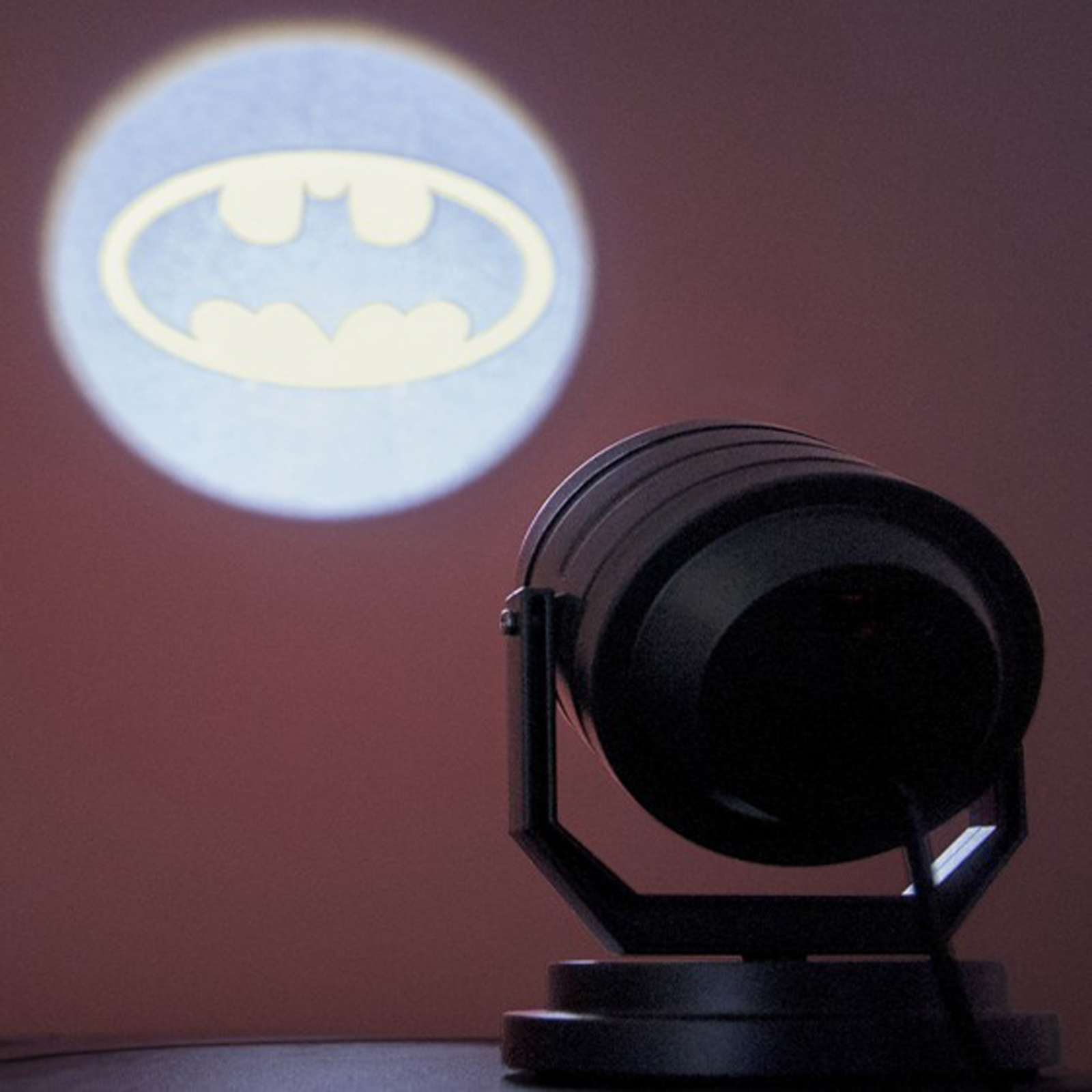 Batman bat signal projection light party supplies countyfetes - Batman projector night light ...