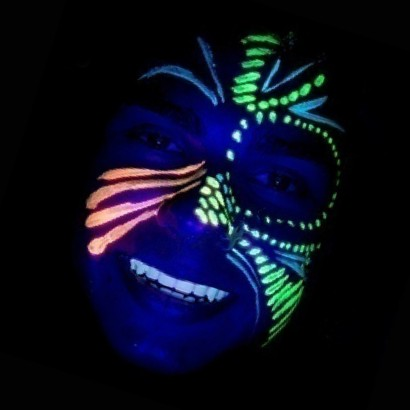 Glow In The Dark Body And Face Painting Set