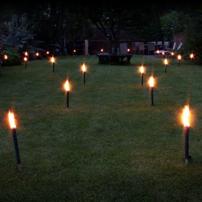 Great ... Light Up The Garden To Show Walkways Or To Add Illumination At Your  Barbeque Or Garden Party These Procession Torches Or Garden Candles Look  Fantasticu2026