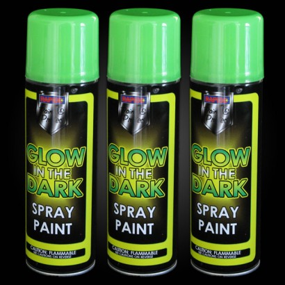 with rapide glow in the dark spray paint in light this spray paint. Black Bedroom Furniture Sets. Home Design Ideas