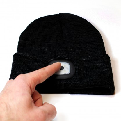 beamie led knitted beanie hat. Black Bedroom Furniture Sets. Home Design Ideas