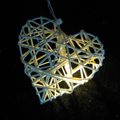 Rattan Hearts String Lights : Rattan Wicker Heart String Lights