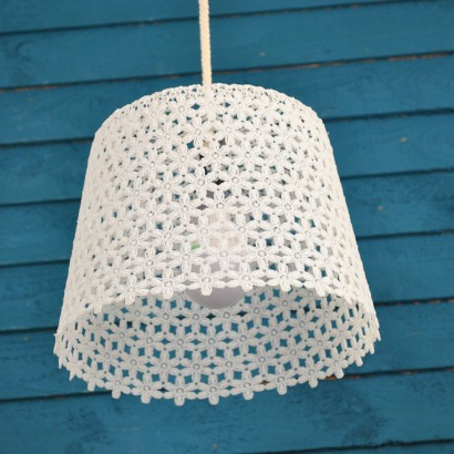 Hanging white lace garden lamp daisy daisy mozeypictures Images