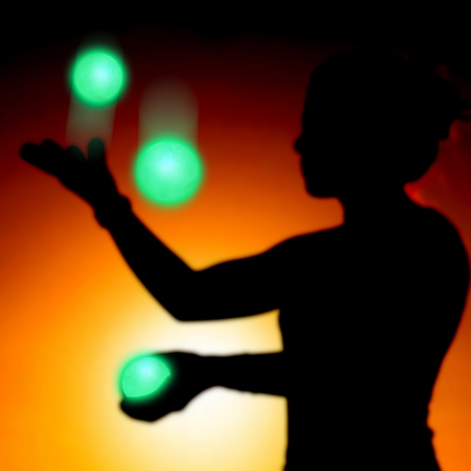 One ball supplied Glow Lumo Juggling Ball MMX1
