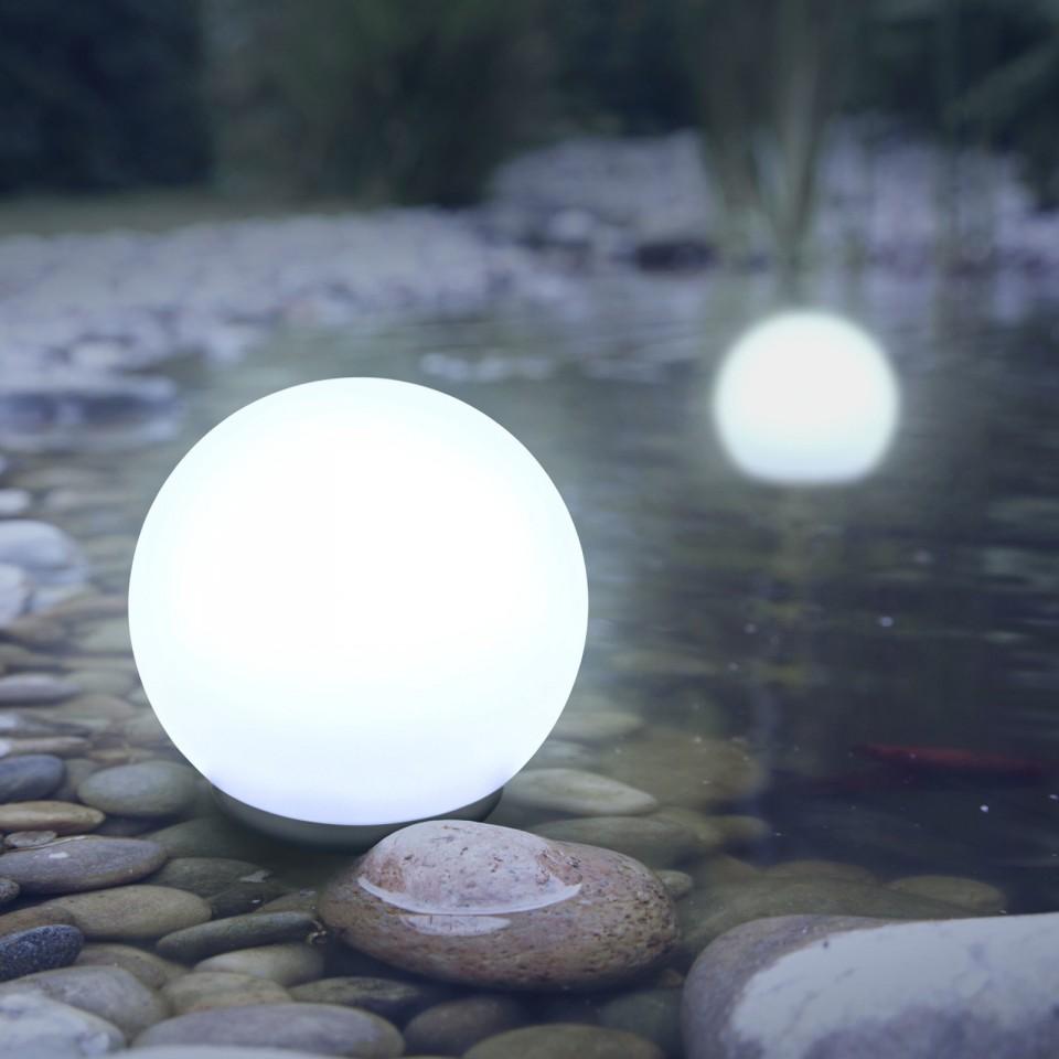 Colour Change Floating Balls x 2