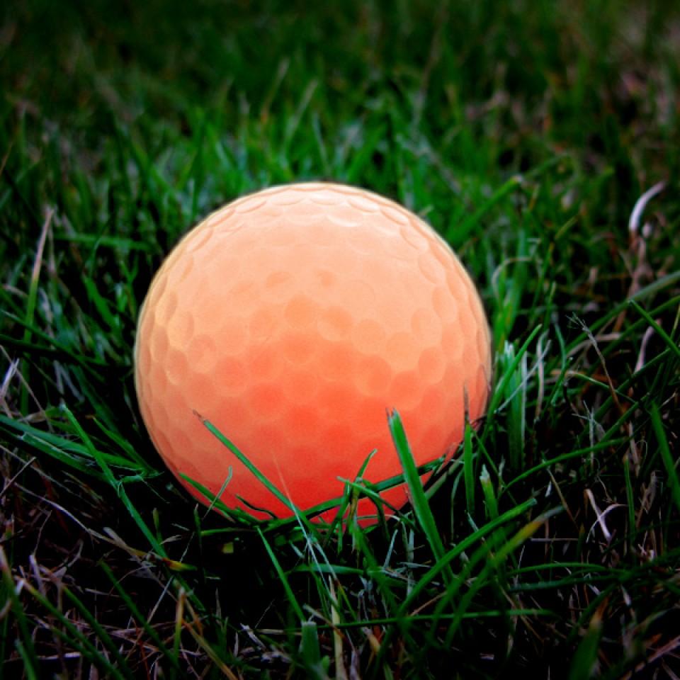 Tracer Light Up Golf Ball (2 pack)
