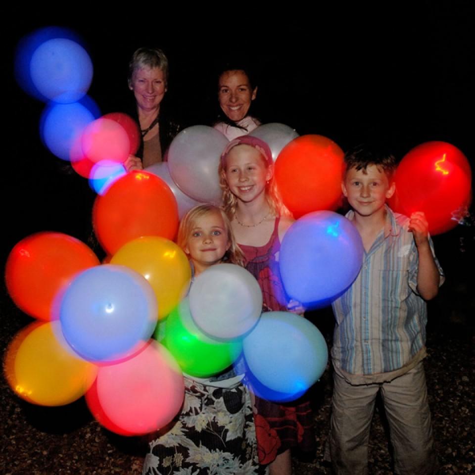 Light Up Balloons - Illoom Balloons