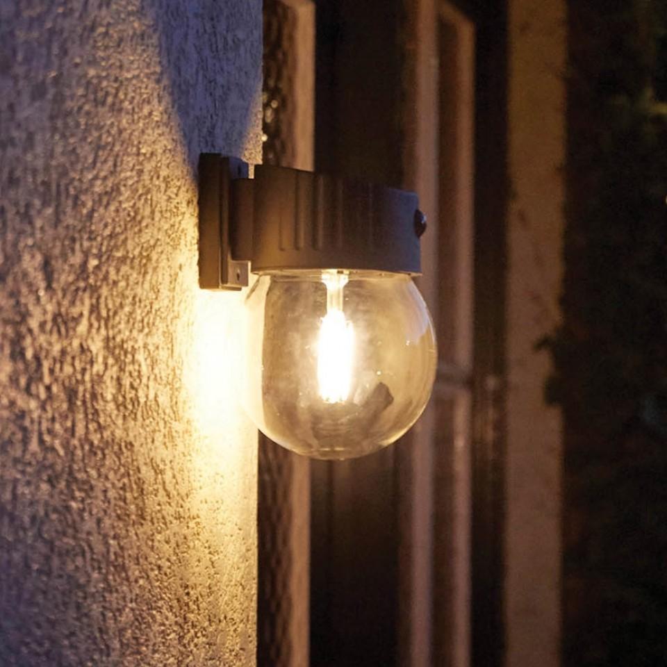 Intelligent Solar Nice Glass PIR Wall Light
