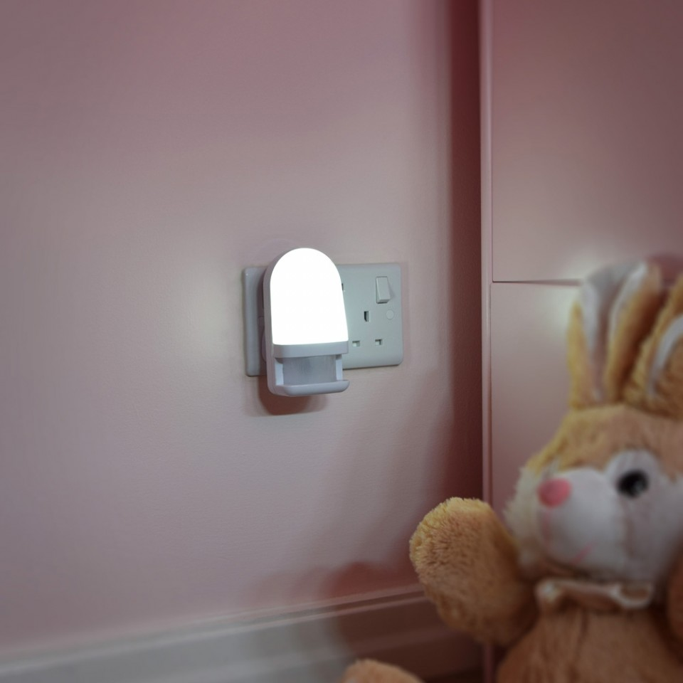 LED Night Light With PIR Sensor