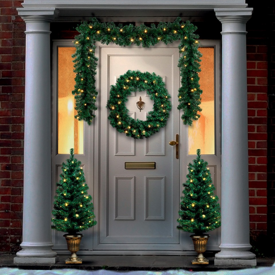 Pre Lit Christmas Door Set