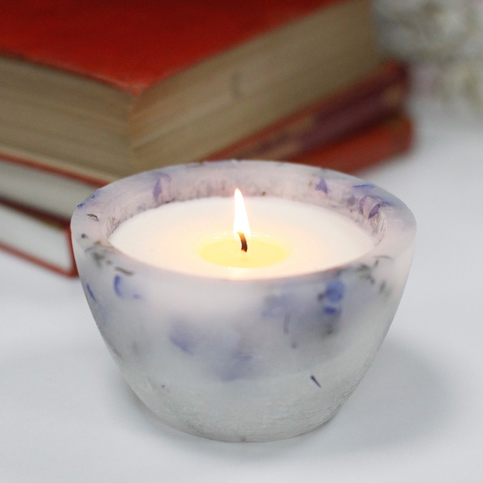 Lavender Fields Bowl Real Flower & Soy Wax Hurricane Candles