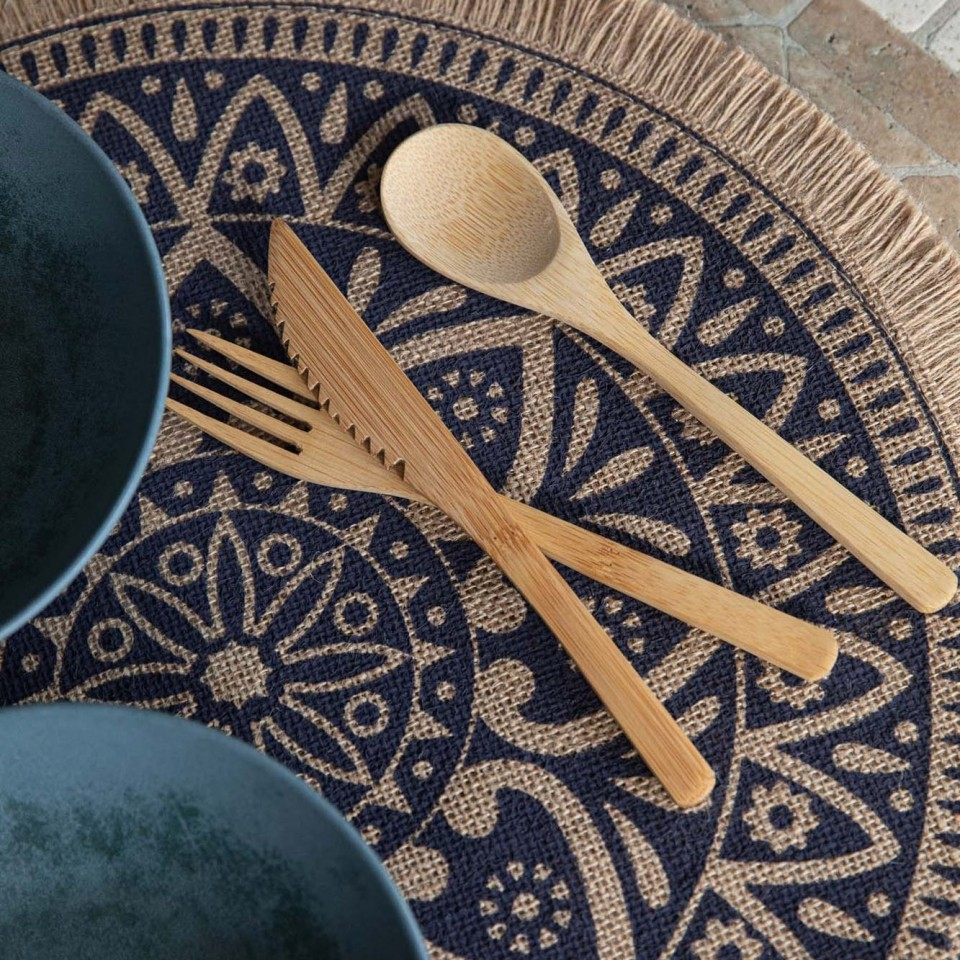 Set of 4 Natural Jute Placemats with Mandala Design
