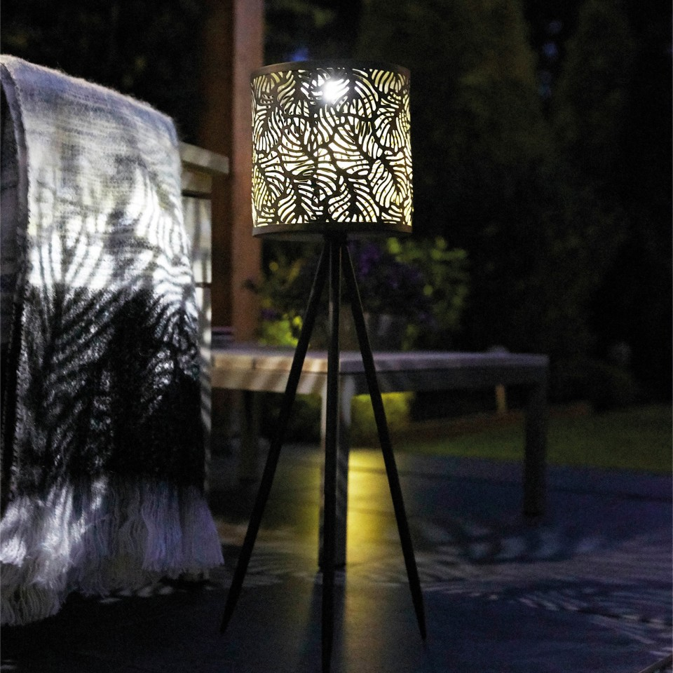 Solar Forest Tripod Light