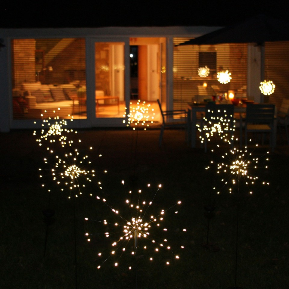 90 LED Starburst Solar Powered Stake Lights Warm White Garden Outdoor Patio UK