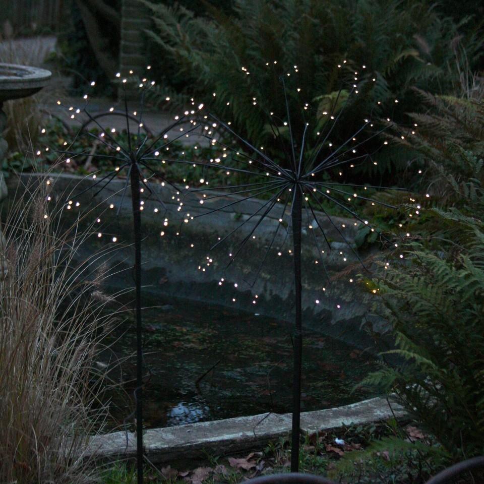 Single light supplied Solar Dandelions (single light)