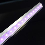 UV Strip Light 1m