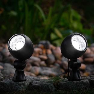 Globe Solar Spotlights (2 pack)