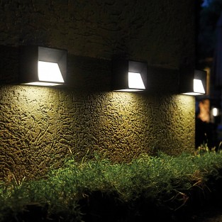Intelligent Solar Skye Wall Light
