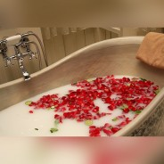 24 Red Rose Soap Flowers in Heart Box 2