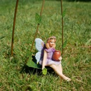 6 Piece Fairy Accessory Pack (6089) 4 Swing with sitting fairy