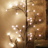 Black Climbing Ivy Twig Lights - Solar, Battery or Mains 3