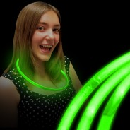 Glow Necklaces 11 Green glow necklaces