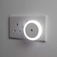 LED Night Light With Dusk Sensor 1