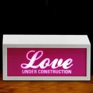Love Under Construction B/O Lamp 1