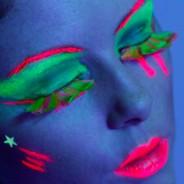 Neon Feather Eyelashes 2