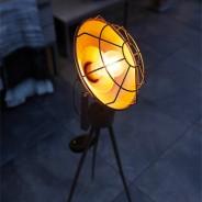 Solar Dresden Tripod Light 1