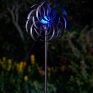 Spiro Wind Spinner with Solar Globe 2