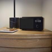 Wireless Bluetooth Speaker QI Charger & Radio 2