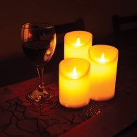 3 Dancing Flame LED Candles