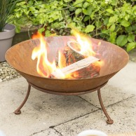 Ipata Oxidised Steel Fire Pit with Stand