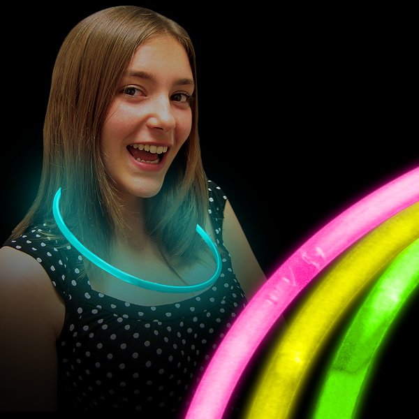 Click to view product details and reviews for Wholesale Glow Necklaces.