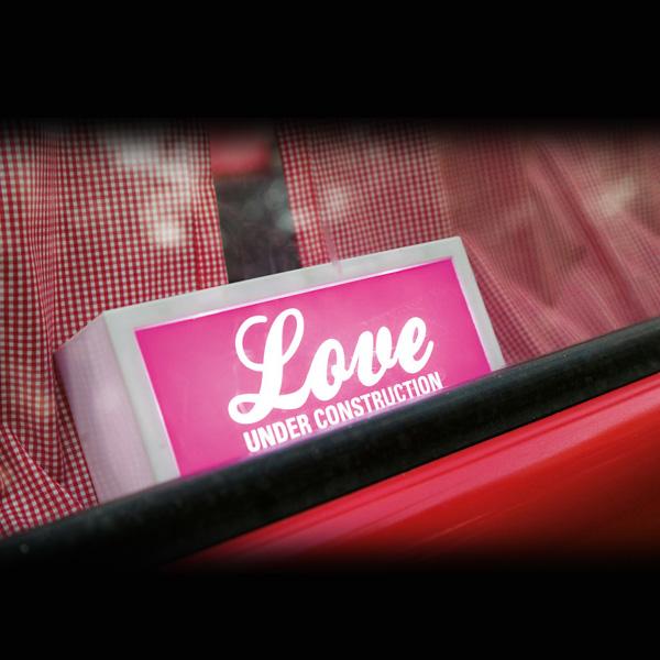 Love Under Construction B O Lamp